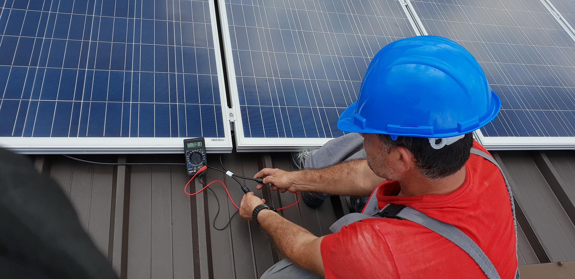 Bedrijven in de startblokken voor Scope 12: verzekeraars gaan inspectie zonnepanelen als harde eis stellen