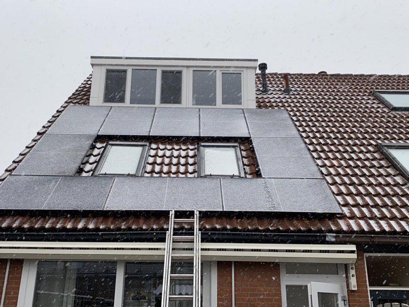 Solarfabrik sneeuw